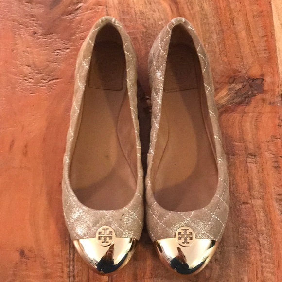 Quilted gold cap toe Tory Burch flats!